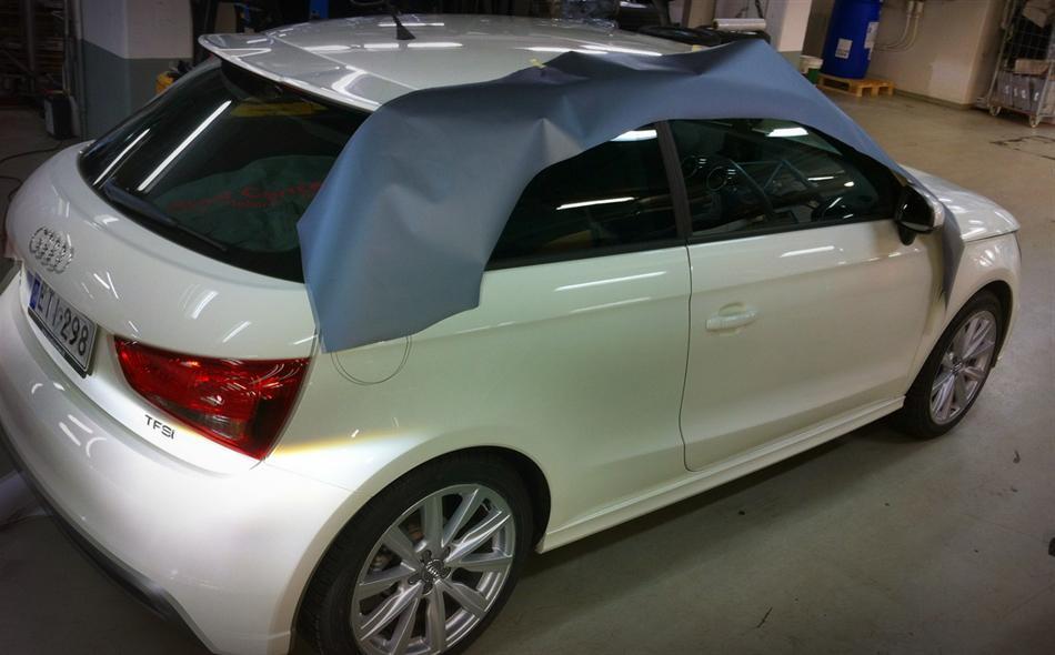 Audi - korinosien teippaus ja ikkunoiden tummennus